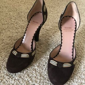 Beautiful designer shoes size 8 Us